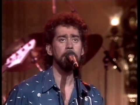 Earl Thomas Conley Somewhere Between Right And Wrong Youtube
