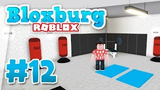 Bloxburg #12 - BUILDING A GYM (Roblox Welcome to Bloxburg)