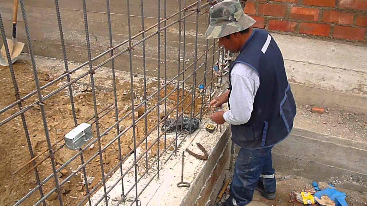 Instalacion de tomas electricas en placa de concreto for Muro de concreto armado