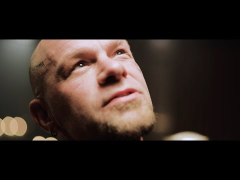 Five Finger Death Punch - Darkness Settles In (Official Music Video)