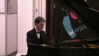 Maciej Rewera  Walc a-moll i Nocturne Es-dur op.9 nr 2 Fryderyka Chopina.