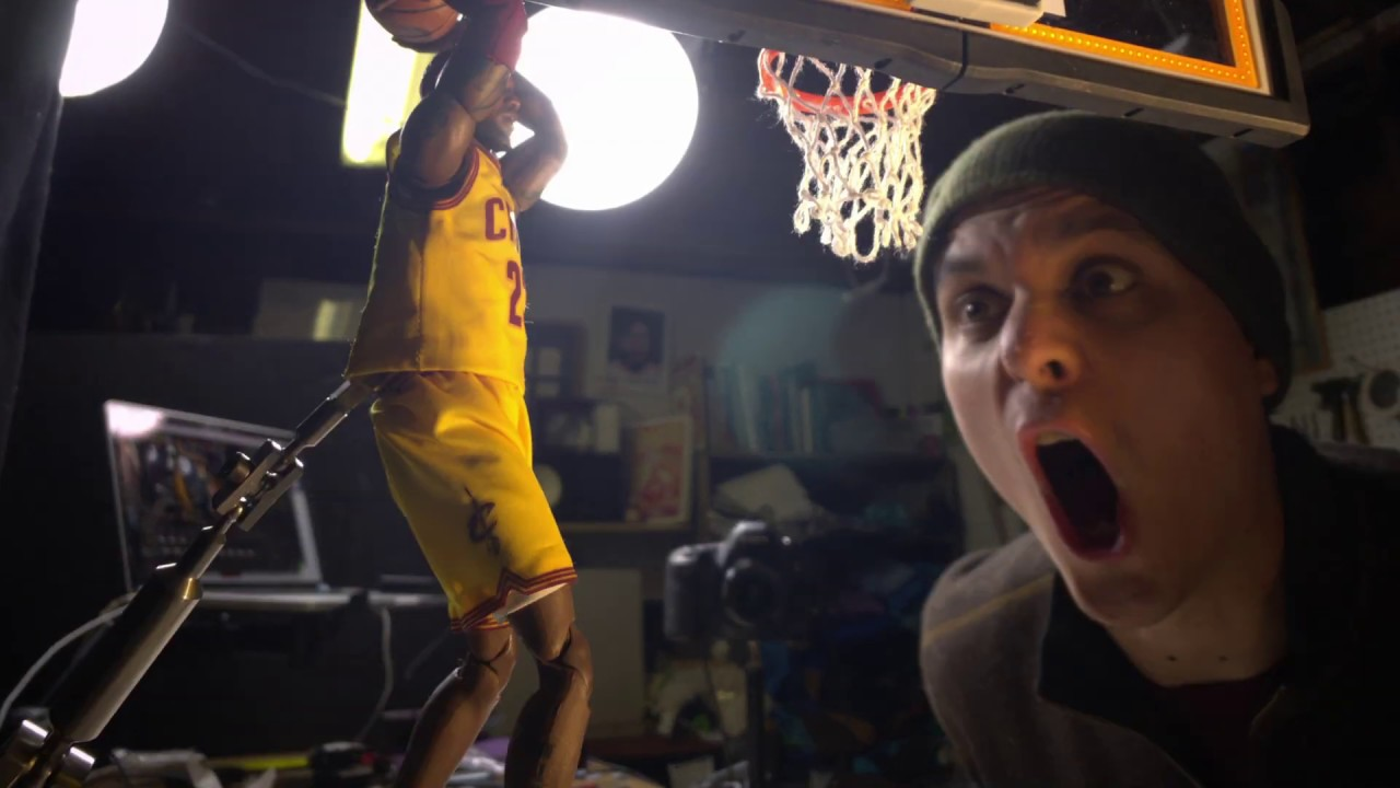 Download Lebron James in Stop Motion Parts 1 & 2 (+ Behind the Scenes)