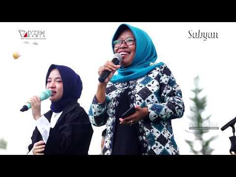 Ya Asyiqol Musthofa - Sabyan Gambus Live Tegal - Nissa Sabyan