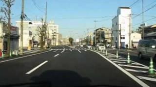 無謀ともいえる高速度で走行する高知県警の白バイ2 thumbnail