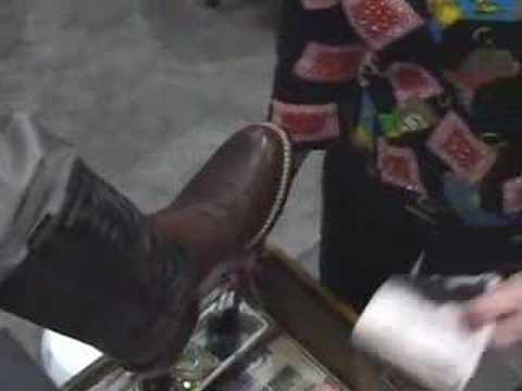 Cattle Industry Convention 2008 - Boot Shine