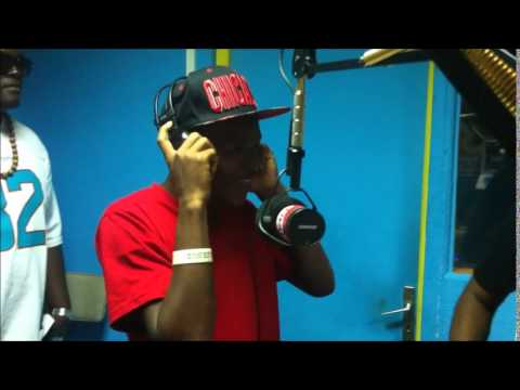 Freestyle Video - Interview In Martinique @ Super Radio