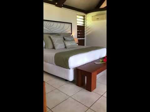 Yasawa Island Resort Oceanfront Deluxe Bure
