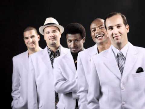 Novo Viver   Quinteto em Branco e Preto