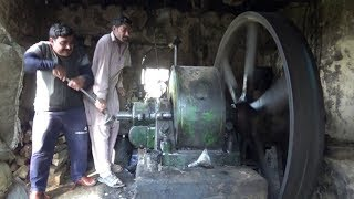 Best Sounding Diesel Engine 24 HP Diesel Engine Black Engine of 1955 is Still working new video