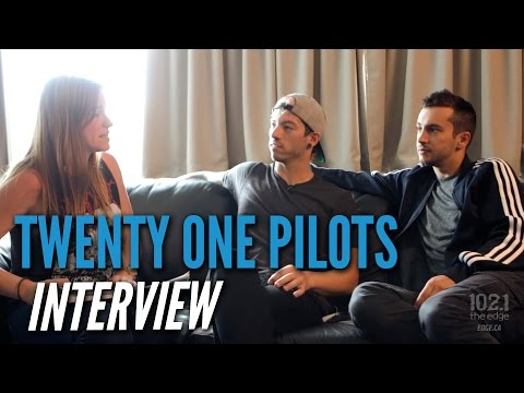 Twenty One Pilots - Interviews On The Edge
