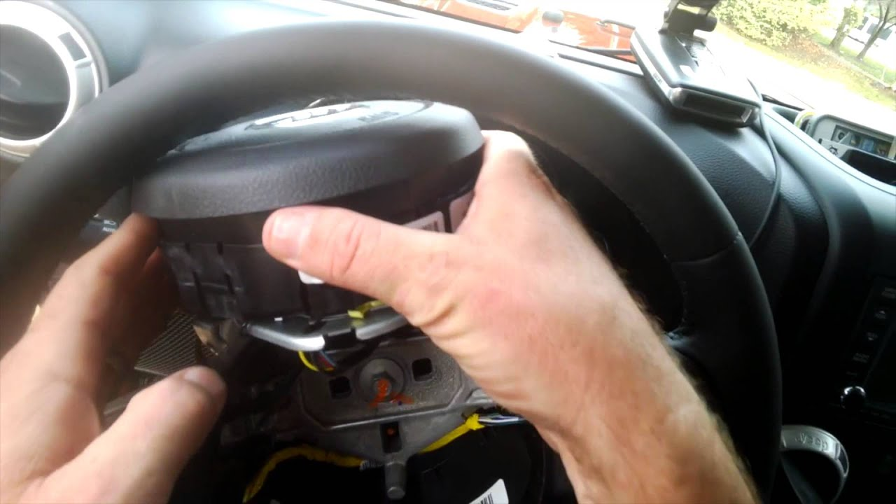 2007 Jeep Grand Cherokee Wiring Diagram Chinese Scooter Ignition Switch 2014 Wrangler Jk Unlimited Steering Wheel Audio Controls Swap - Youtube