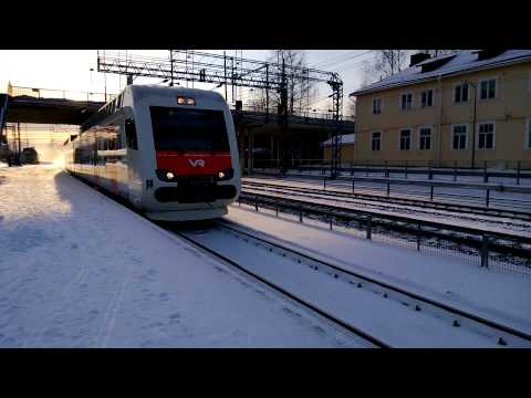 VR H-train arriving to Kerava station