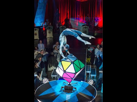 Sergey Timofeev_Rubik's cube Act_Live at Roncalli Dinner Show