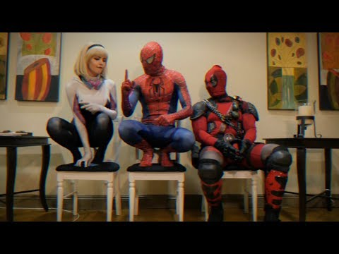 THE WAITING ROOM - EPISODE 13 - 90's Edition - Spider-man Deadpool Spider-Gwen