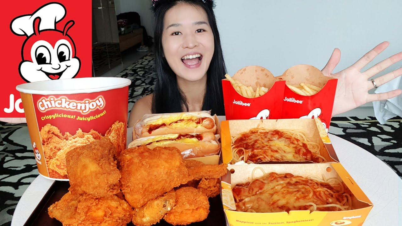 Huge Jollibee Feast in Hotel! Spicy Chicken Joy, Hot Dogs & Cheesy Sweet Spaghetti Noodles - Mukbang