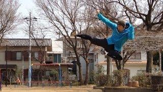 この動画は一人プロレスラー リー中川のキック動画です。 ブルース・リ...