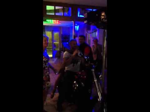 Karaoke a Lens