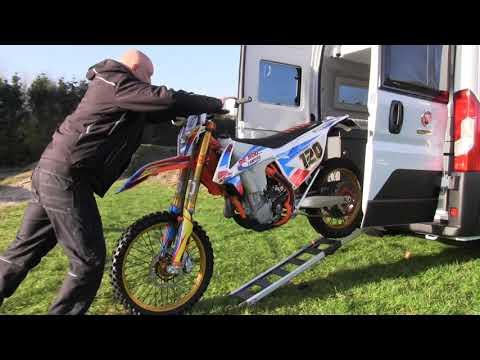 Adria Twin Supreme 640 SGX bij De Roo Campers