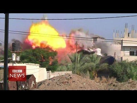 Video shows Israeli airstrikes on Gaza Strip - BBC News