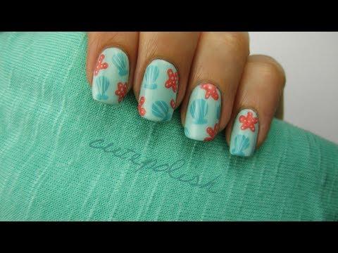 Seashell & Starfish Nails
