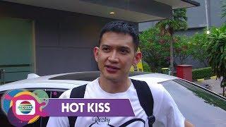 Hot Kiss - Berbahagia!! Rezky Aditya Resmi Melamar Citra Kirana Di Bandung