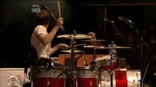 Kaiser Chiefs - Caroline, Yes (Reading 2006)