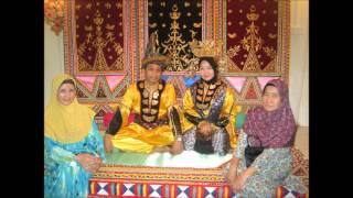 Pakaian tradisional cermin perpaduan kaum di Malaysia
