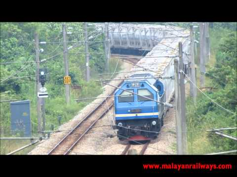 [MALAYAN RAILWAYS] 29110 working the 328up YTL Cement Liner nr. Bangi, Selangor, Malaysia