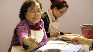"""(VTC14)_Lớp học """"vẽ ký ức"""" dành cho người cao tuổi"""