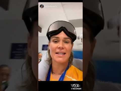 SHORT-E - Ashlyn Harris From USWNT Top Celebration Moments From Her IG Story