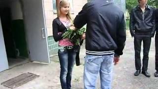 видео Как поздравить любимую девушку с днем рождения