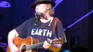 Neil Young Heart Of Gold Liverpool Echo Arena July 13th 2014