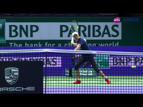 Caroline Wozniacki Practice - WTA Finals 2017