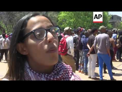 Johannesburg - Students and police clash at South African university | Editor