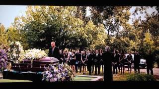 Момент из фильма ФОРСАЖ 7  похороны Хана