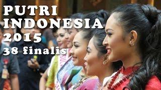 putri indonesia 2015 fashion show pendopo living world Part2