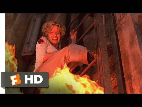 Hollow Man 2000  Escaping the Exploding Lab  9/10  Movies