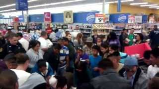 Repeat youtube video Walmart Black Friday Fight