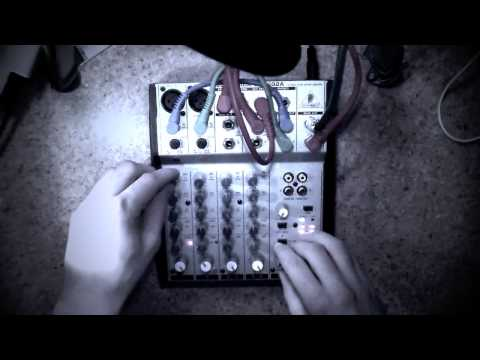 How to make Noise music   Feedback Loops   Behringer Mixer Madness