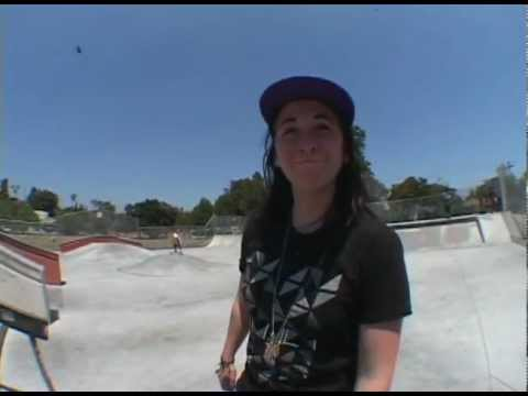 Blog Cam #32 - Kat Williams & Rhi Arnold 1st Day in America