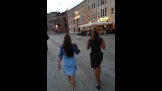 Venice. Eliz and Arden walking Thumbnail