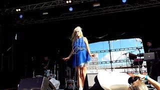 Maja Francis - Långsam (Live@Popaganda) 4K