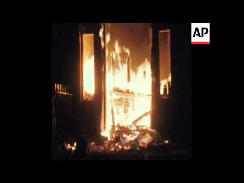 SYND 2/2/72 THE BRITISH EMBASSY IN DUBLIN ATTACKED BY ARSONISTS