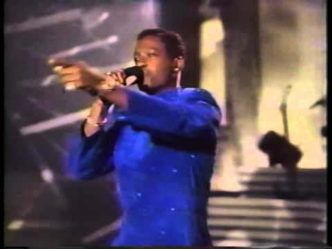 """JOHNNY GILL """"Rub You The Right Way"""""""