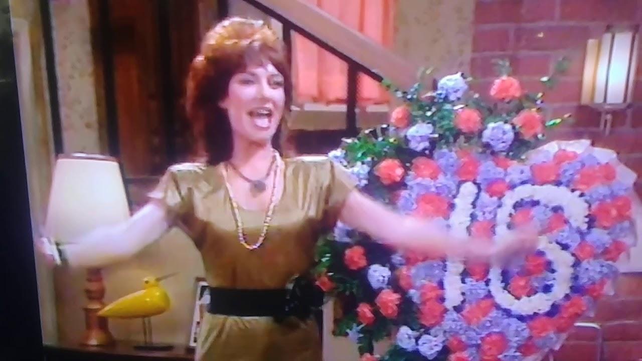 Polka dot Peggy Bundy! 😻😍 - YouTube