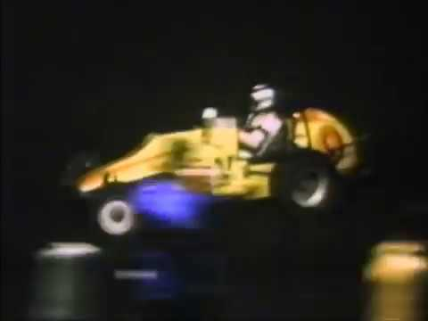1977 Knoxville Nationals - Dick Wallen Highlights