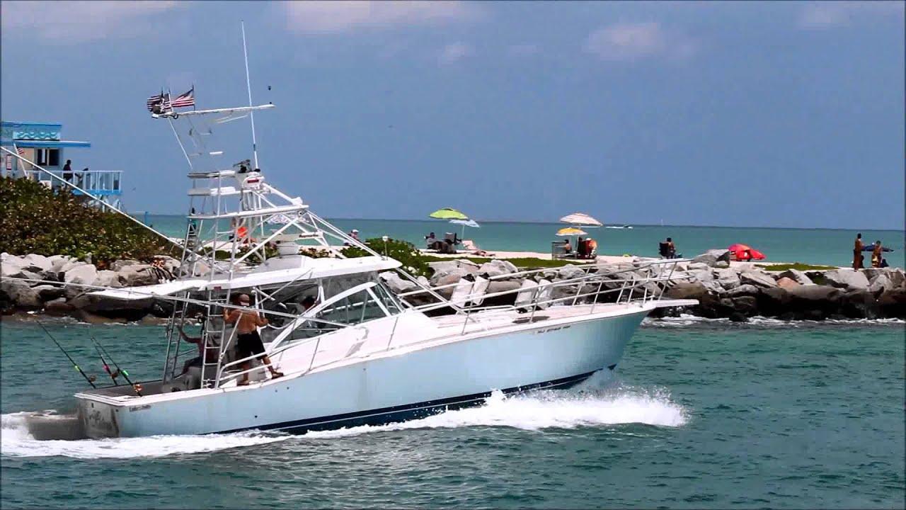 Ring Leader Boat