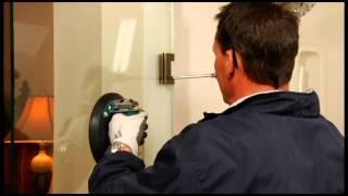 Tightening Heavy Glass Shower Door Hinges - Mobile DIY