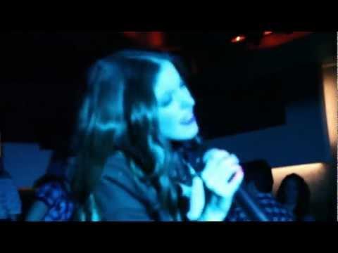 Nikki Ponte - Hey You [Live @ Boutique Club 11/1/2012]