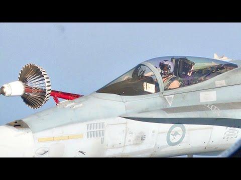 Australian Air Force KC-30A Air Refuelling F-18 & Harrier II (Airbus A330 MRTT)